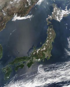 Satellite_image_of_Japan_in_May_2003[1]