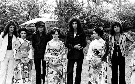 Freddie Mercury ed i Queen in Giappone